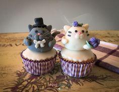 Aniversário de casamento! Gatinhos de pasta americana ou falso marzipã  Wedding anniversary: cupcake topper. Cute cat in fondant