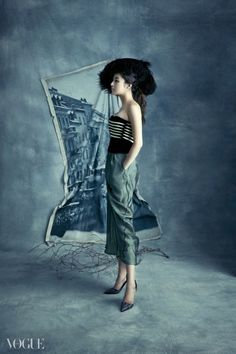 Kang So Ra pulls off a modern take on vintage style for 'Vogue Korea' | allkpop.com