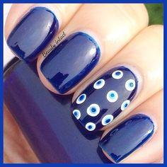 Easy nails - Neeta