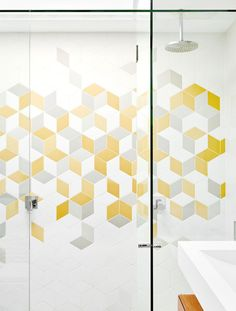 shower-coloured-tiles-bienias-home-jan16-20151221144608~q75,dx1920y-u1r1g0,c--.jpg (1920×2533)