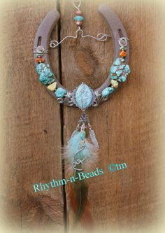 Beaded Wire Wrapped Horseshoe Art Bling www.rhythm-n-beads.com www.facebook.com/rhythmbeads