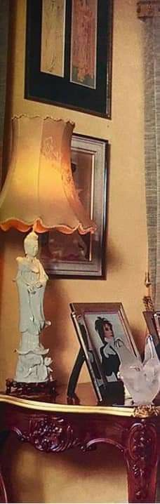 Garden Lodge, Rock Legends, Japanese Prints, Freddie Mercury, Beautiful Pictures, Table Lamp, Singer, Queen, Life