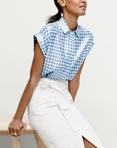 Crew women's short-sleeve popover shirt in metallic gingham and washed cotton skirt. Work Fashion, Diy Fashion, Womens Fashion, Fashion Skirts, J Crew Style, My Style, Estilo Hippie Chic, Vogue, Office Outfits