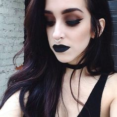 Dark Grunge Black Makeup Look - http://ninjacosmico.com/35-grunge-make-up-ideas/