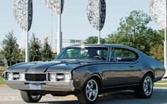 1968 Olds Cutlass S - my first car, only mine was red. wish i still had it.