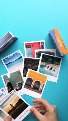 Journi Polaroids – alle deine Lieblingserinnerungen in einer Box Capture your best moments in the form of authentic Journi Polaroids and experience the absolute retro feeling. Order now and get 5 free Polaroids with the code FIRSTBOOK 🔥 Photo Polaroid, Polaroid Pictures, Polaroids, Polaroid Ideas, Diy Foto, Beach Hacks, Tumblr Rooms, Retro Home Decor, Photo Book