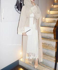 Hijab Fashion Selection of over 100 looks in trendy and chic Abaya Islamic Fashion, Muslim Fashion, Modest Fashion, Asian Fashion, Girl Fashion, Muslim Dress, Hijab Dress, Abaya Mode, Modern Hijab