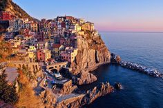 Travel Tuesday: Sunrises and Sunsets Around The World - #ChicGalleria #travel Cinque Terre, Italy