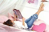 Teenage girl magazine (thumbnail)