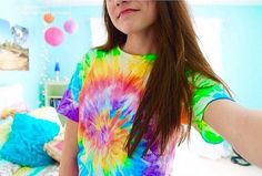 Got this tie dye shirt from cute tees Rainbow Outfit, Rainbow Clothes, Tumblr Quality, Slick Hairstyles, White Tee Shirts, Tie Dye Shirts, Queen, Tumblr Girls, Tye Dye