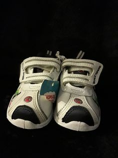 193465147d Thomas the Train Sneakers Shoes Toddler size 4 thomas the train percy Velco