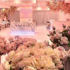Picture perfect 🙌🏼 our rose petal pedicures are a dream ❤️ Pink Nail Salon, Nail Salon Design, Nail Salon Decor, Hair Salon Interior, Salon Interior Design, Beauty Bar Salon, Beauty Salon Design, Boutique Interior, Schönheitssalon Design