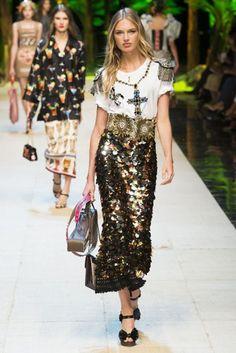 Dolce & Gabbana Spring/Summer 2017 Ready To Wear Collection | British Vogue