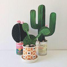 Cactus de cartón / Cardboard cactus - La Factoría Plástica