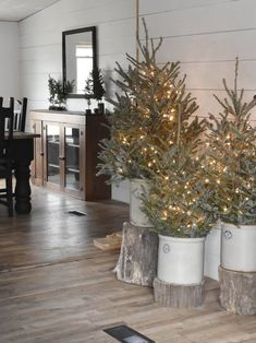 Simple Rustic Country Farmhouse Christmas Style