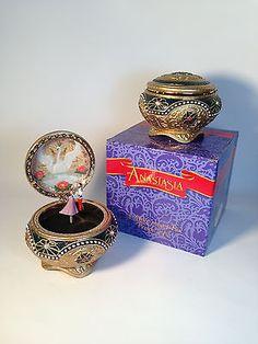 "Alexandra & Nicholas Anastasia Trinket Music Box The San Francisco Music Box Co. Plays ""Once Upon a December"""
