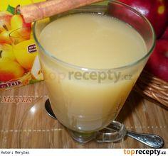 Horký nápoj z hruškového džusu Glass Of Milk, Pudding, Cheese, Drinks, Cooking, Ethnic Recipes, Health, Desserts, Food