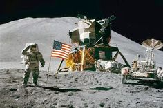 Neil Armstrong was commander of the Apollo 11 spacecraft and landed on the moon back on July Today, Astronaut Neil Armstrong died at the age of 82 Neil Armstrong, National Geographic, Apollo Space Program, Apollo 11 Moon Landing, 1st Moon Landing, Nova Era, Apollo Missions, One Small Step, Space And Astronomy