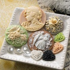 So pretty! From Webster's Pages  http://pinterest.com/pammyanne2b/tres-jolie/
