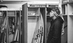 John John Florence of Hawaii tunes in from the locker room. John John Florence, World Surf League, Surfer Boys, Scene Image, Rip Curl, Behind The Scenes, Surfing, Locker, Hawaii