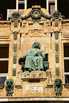 Statue of Franz Liszt on the facade of the Music Academy...BUDAPEST