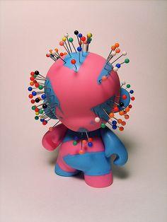 Vinyl, vinyl toys, designer toys, urban vinyl, art toys, Munny Shot