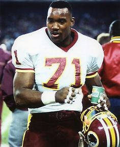 Redskins Players, Redskins Fans, Redskins Football, Football Team, School Football, Funny Football, Redskins Pictures, Football Pictures, Sports Photos