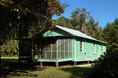 Sapelo Island GA – Vanishing Coastal Georgia Photographs by Brian Brown Cottages And Bungalows, Cabins And Cottages, Georgia Islands, Georgia Usa, Vernacular Architecture, Good House, Pictures Images, Little Houses, Southern Style