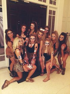 Total Sorority Move | 17 Amazing Photos Of The Best Halloween Hair And Makeup From 2014