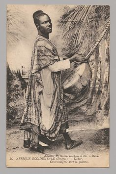 West Africa (Senegal) Dakar—Native griot with his guitar [Afrique Occidentale (Sénégal) Dakar—Griot indigène avec sa guitare]