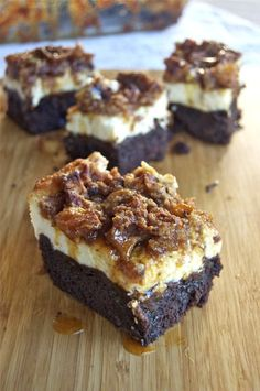 Caramel Apple Cheesecake Brownies