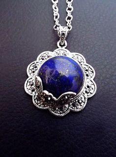 Lapis Lazuli flower necklace