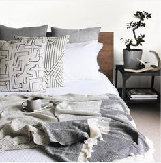 The Foxes Den are giving away a Set of Linen ! Dream Bedroom, Master Bedroom, Beautiful Bedrooms, Decoration, Linen Bedding, Duvet Covers, Blanket, Foxes, Design