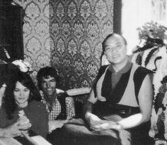 Lama Ole and Hannah Nydhal Tibetan Buddhism, Buddhist Wisdom, Spiritual Figures, Spiritual Power, Lama Ole Nydahl, Vajrayana Buddhism, Meditation, Chakra Colors, Life After Death