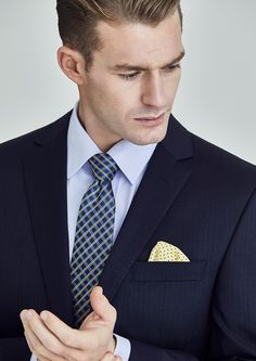 Fabric:  Super 100's Pure Australian Merino Wool Body Fit: Slim Fit  Colour: Dark Navy  Bondi is a slim fitting suit with ample allowance for comfort and freedom of movement, created with a balance of contours and crisp lines in mind. Designed with narrow lapels and a shorter jacket length accompanied by flat front trousers, Bondi is a contemporary style descended from the classic English school of tailoring.