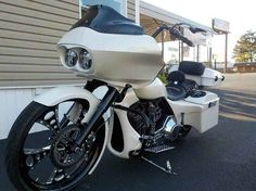 Used 2005 Harley-Davidson Road Glide Motorcycles For Sale in Alabama,AL. 2005 Harley-Davidson Road Glide, Customized from head to toe--Original owner had over $55k invested in bike--Must see to appreciate!!