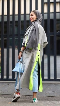 استریت استایل ایرانی – www. Abaya Fashion, Muslim Fashion, Modest Fashion, Fashion Outfits, Iranian Women Fashion, Latest Fashion For Women, Womens Fashion, Mode Abaya, Mode Hijab