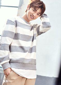 "After filming ""Legend Of The Blue Sea"", Shin Won Ho is more popular than ever – he was chosen as the model for ""NII"" fashion brand. Korean Star, Korean Men, Asian Men, Asian Actors, Korean Actors, Shin Cross Gene, Shin Won Ho Cute, Dramas, Legend Of Blue Sea"