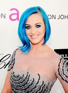 Blue hair and still gorg!!