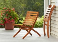 Our Montauk outdoor wooden chair by Manchester Wood a unique, sturdy portable design. This American ash hardwood outdoor chair provides perfect outdoor seating comfort. Privacy Screen Outdoor, Backyard Privacy, Outdoor Seating, Outdoor Chairs, Outdoor Decor, Teak Garden Furniture, Pallet Furniture, Minimalist Furniture, Outdoor Living Areas