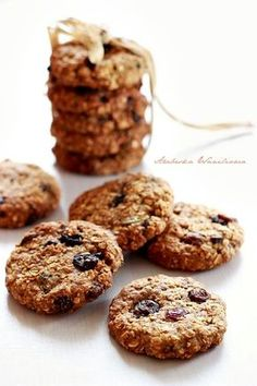 Healthy Cook Books, I Want To Eat, Cannoli, Cookie Desserts, Cake Cookies, Truffles, Muffin, Food And Drink, Tasty