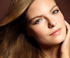 Neutral, natural makeup for light skin tones