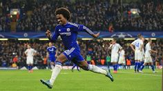 A brilliant late free-kick from Willian moves the Blues above Dynamo Kiev into second place in Group G...
