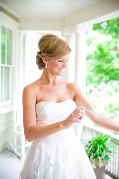 Grey, Blush + Ivory Historic Rice Mill Charleston SC Wedding // Dana Cubbage Weddings // Charleston SC Wedding Photography