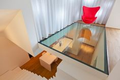 World of Architecture: Top 17 Glass Floor Ideas For Ultra Modern Homes Ultra Modern Homes, Interior Architecture, Interior Design, Glass Floor, Industrial House, Industrial Apartment, Industrial Closet, Industrial Bookshelf, Industrial Restaurant