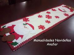 Manualidades Anafer: Moldes Small Quilt Projects, Quilting Projects, Craft Projects, Table Runner And Placemats, Table Runners, Christmas Crafts, Christmas Ornaments, Christmas Ideas, Small Quilts