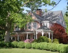 Built in 1894, and previous Asheville residence to actor Charlton Heston and his wife Lydia