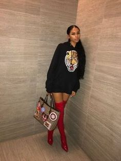 Start saving on the latest women's fashion, including dresses and more. Dope Outfits, Trendy Outfits, Fall Outfits, Fashion Outfits, Womens Fashion, Fashion Trends, Fashion Lookbook, Runway Fashion, Summer Outfits