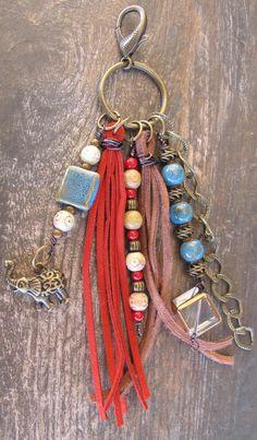 Purse Charm Charm Tassel Zipper Pull Key Chain por ThePaintedCabeza
