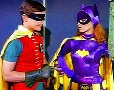 'Robin' and 'Batgirl' on 'Batman TV Series' Batman Y Robin, Batman And Batgirl, Batman 1966, Im Batman, Batman Logo, Superman, Batman Original Series, Batman Tv Series, Batwoman